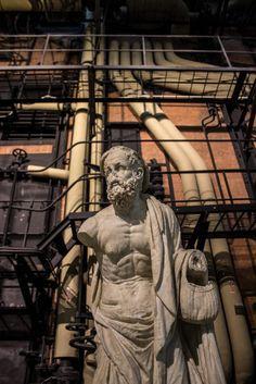 centrale montemartini, museum, plusdeco blog. +deco, power station, rome, ancient art, roman sculptures, industrial, machines. marble, interiors
