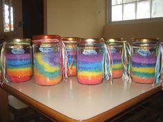 βαζακι με χρωματιστό αλάτι :: kidsactivities.gr Preschool Arts And Crafts, Mason Jars, Colors, Mason Jar, Colour, Color, Glass Jars, Jars, Paint Colors