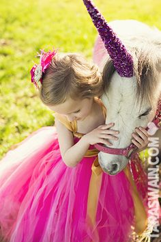 CAN WE PLEASE DO THIS @Me as a Mommy @Ashley Gaskins  Unicorn Mini Sessions