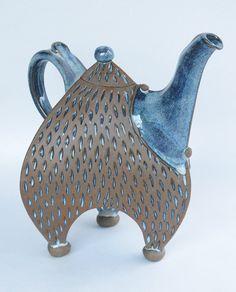 Blue Jester Teapot, handmade pottery teapot Sandy & Ann Batton : Handmade Teapots in North Carolina Asheville Teapots Pottery Teapots, Teapots And Cups, Ceramic Teapots, Ceramic Pottery, Ceramic Art, Kintsugi, Cuppa Tea, Tea Art, Pottery Designs