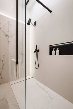 Modern design in a classic interior - . - Modern design in a classic interior – # interior - Chic Bathrooms, Dream Bathrooms, Rustic Bathrooms, Bad Inspiration, Bathroom Inspiration, Bathroom Styling, Bathroom Interior Design, Modern Bathroom Design, Interior Paint
