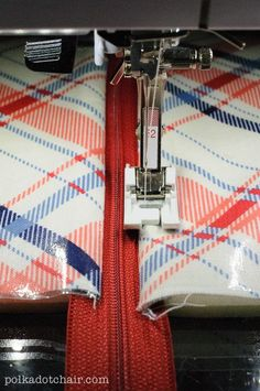 If you love sewing, then chances are you have a few fabric scraps left over. You aren't going to always have the perfect amount of fabric for a project, after all. If you've often wondered what to do with all those loose fabric scraps, we've … Sewing Lessons, Sewing Hacks, Sewing Tutorials, Sewing Crafts, Sewing Tips, Sewing Ideas, Sewing Basics, Diy Crafts, Sewing Blogs