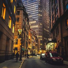 Financial District by Vivienne Gucwa @travelinglens #newyorkcityfeelings #nyc…