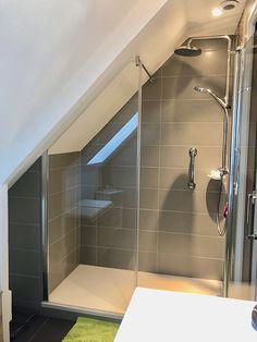Rénovation d'une petite salle de bains sous pente - Queven