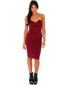 lucie-02.08.13-lucie-aj-29119-1.jpg (1516×1839) http://www.missguided.co.uk/matilde-bandeau-bodycon-midi-dress-in-burgundy