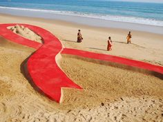 Good news – world continues enormous progress against #AIDS. Infections are down 33% since 01. @Kim Painter http://usat.ly/18ldAk1