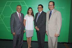 Armario de Noticias: El Parque Cibernético  y Microsoft Dominicana firm...
