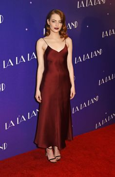 Emma Stone in Sara Weinstock and EFFY jewelry at the London screening of La La Land.