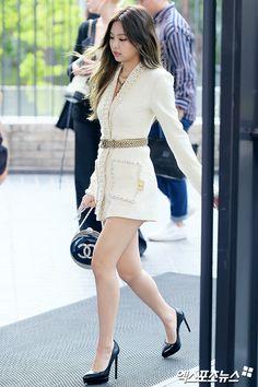 Blackpink Fashion, Korean Fashion, Fashion Outfits, Womens Fashion, Kpop Outfits, Korean Outfits, Cute Outfits, Kim Jennie, Kim Jisoo