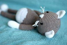 Crochet Art, Cute Crochet, Crochet Animals, Amigurumi Patterns, Crochet Patterns, Granny Square Crochet Pattern, Craft Patterns, Yarn Crafts, Baby Toys