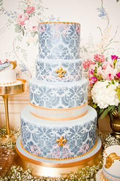 elegant damask wedding cake