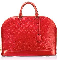 I love this red LV bag