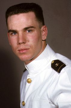 Roger Staubach, US Naval Academy (1963)