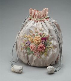 Lavender pouch bag with floral embroidery, 1928