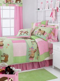 girls bedrooms, pony dreams quilt