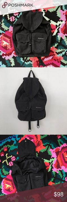 Woolrich Backpack Rarely used.  I really don't use bookbags altho I do love this.  I love woolrich in general they're products have killer classy style.  Looks new no flaws no issues. Woolrich Bags Backpacks