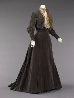 Charles Fredrick Worth dress ca. 1889 via The Costume Institute of the Metropolitan Museum of Art