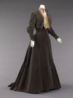 Charles Fredrick Worth dress ca. 1889