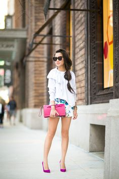 Casual Floral :: Tailored shorts & Magenta details