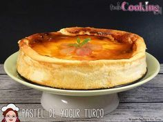 Pastel de yogur turco ¡irresistible! Kitchen Recipes, Cooking Recipes, Turkish Sweets, Incredible Edibles, Bread Cake, Turkish Recipes, World Recipes, Sweets Recipes, Cakes And More