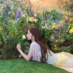 Korean Birthday, Cosmic Girls, Dancer, Flower Girl Dresses, Wedding Dresses, Twitter, Fashion, Bride Dresses, Moda