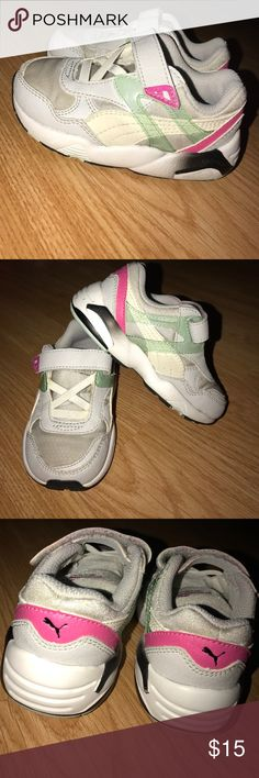 Puma Toddler Sneakers Size 6 Great condition Puma Sneakers. Velcro strap. Size 6. Puma Shoes Sneakers