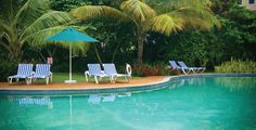 Coco Palm Resorts / About Us