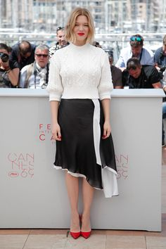 "Lea Seydoux wore Louis Vuitton to the photocall of ""It's Only the End of the World"" at Cannes Film Festival."