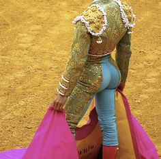 Wow.  Dude, you should forget about being a Matador.  You should be a Butt Model.  Really.