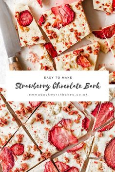 Strawberry Shortcake Chocolate Bark combine pure white chocolate with strawberries and crumbled shortbread for the ultimate Valetines's Day gift! Homemade Chocolate Bars, White Chocolate Bark, White Chocolate Strawberries, Choclate Bark, Candy Recipes, Sweet Recipes, Dessert Recipes, Almond Bark Recipes, Christmas Baking