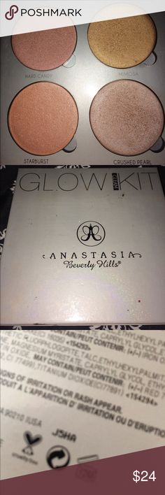"""Anastasia glow kit Going through all my makeup that I never use. Has been gently used as shown. Has about 85% of product left. Perfect for lighter complexions. I prefer the that glow for my warmer skin tones. Baby needs a new home 💁🏻❤️ """"GLEAM"""" Anastasia Beverly Hills Makeup"""