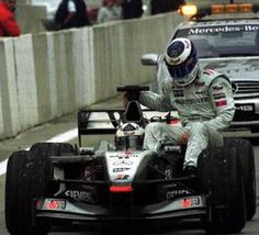 2001 - Spanish GP - David Coulthard and Mika Hakkinen Mclaren Mercedes, Mclaren Mp4, Ferrari, Johnny Herbert, David Coulthard, Formula 1 Car, F1 Drivers, F1 Racing, Race Cars