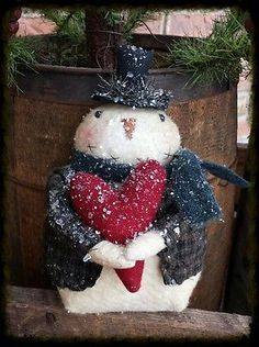 Primitive Snowman with Wool Heart