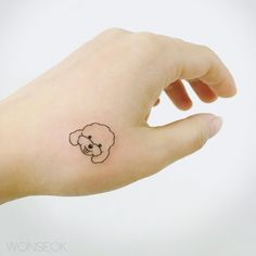 Tattoo designs for women are delicate, sweet, spicy and cute. Small pieces of magical art tattooed on to your skin, this is the essence of feminine tattoos. Mini Tattoos, Small Dog Tattoos, New Tattoos, Tattoo Small, Heart Tattoo Designs, Tattoo Designs For Women, Tattoos For Women, Tattoos For Guys, Feminine Tattoos