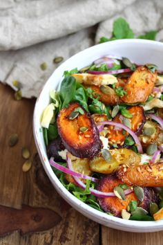 katie's kitchen journal: Roasted Cumin Carrot and Halloumi Salad