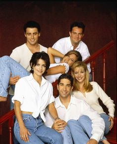 Cast of FRIENDS. Love this show!
