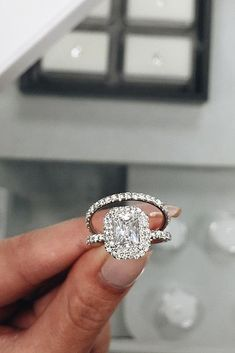Great Bands And Wedding Rings For Women That Admire ❤ See more: http://www.weddingforward.com/wedding-rings-for-women/ #weddings #weddingbandsforwomen