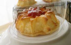 Pastilitos de queso con mermelada de pimiento, con mermelada de Anna Quality Products