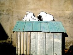 Peanuts Street Art- how cute! I love snoopy! Wouldn't you love to walk down the street & see that?