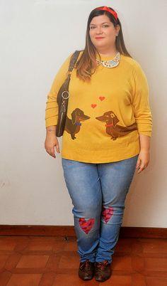 outfit plus size, curvy, taglie comode con maglione modcloth, jeans Asos curve, collana handmade da Lisa Bergamin, borsa Fiorella Rubino