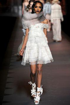 Christian Dior Fall 2011 Ready-to-Wear Fashion Show - Jourdan Dunn (Women)