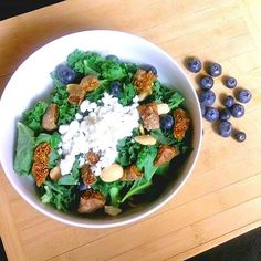 Goat cheese is my favorite!!! Goats milk products are so healthy, full of protein and easily digestible. Try this and I'm sure you will love goats products as much as I do! *Layer kale, toasted lightly salted almonds, blueberries, dried figs and goats milk feta. Enjoy!