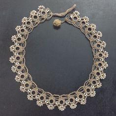 Tatting Jewelry, Lace Jewelry, Tatting Lace, Fabric Jewelry, Jewelery, Bead Crochet, Crochet Necklace, Beaded Necklace, Arrow Feather