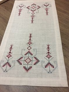 Needlepoint Patterns, Tile Patterns, Cross Stitch Patterns, Bargello, Hand Embroidery Designs, Embroidery Patterns, Cross Stitch Bookmarks, Clay Flowers, Bohemian Rug