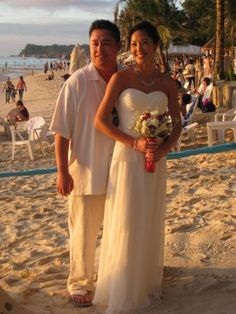 Real Bride: Julie wore a Jasmine Belsoie (bridesmaid) dress for her wedding in Boracay, Philippines