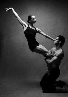 thepaintedbench: Danza Contemporánea