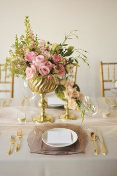 Tablescape♥ Gold & Pink