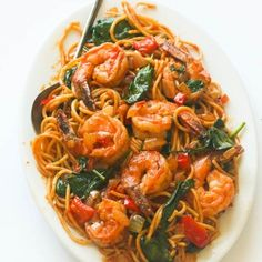 Spicy shrimp tomato spinach pasta- An Easy 30 minute weeknight spaghetti dinner that delivers a huge punch of flavor with no cream and just a handful of ingredients: Spicy Shrimp Pasta, Shrimp Spaghetti, Spaghetti Dinner, Shrimp Pasta Recipes, Seafood Recipes, Appetizer Recipes, Vegetarian Recipes, Cooking Recipes, Spaghetti With Shrimp Recipes