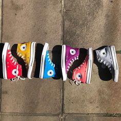 Moda Sneakers, Converse Sneakers, Sneakers Fashion, Fashion Shoes, Converse All Star, All Star Shoes, Sock Shoes, Shoe Boots, Jouer Au Basket