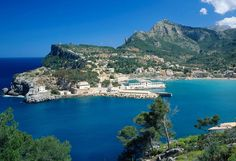 The beaches in Mallorca range from long white sandy beaches or isolated rocky coves. Description from blog.traveleze.co.uk. I searched for this on bing.com/images